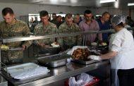 ჯარს უკრაინული ხორცით მოამარაგებენ: თავდაცვის მინისტრი განმარტებებს აკეთებს