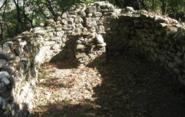ბაკურციხეში უძველესი ეკლესიის ნანგრევები აღმოაჩინეს